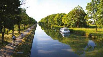 le canal des deux mers a velo tarn et garonne